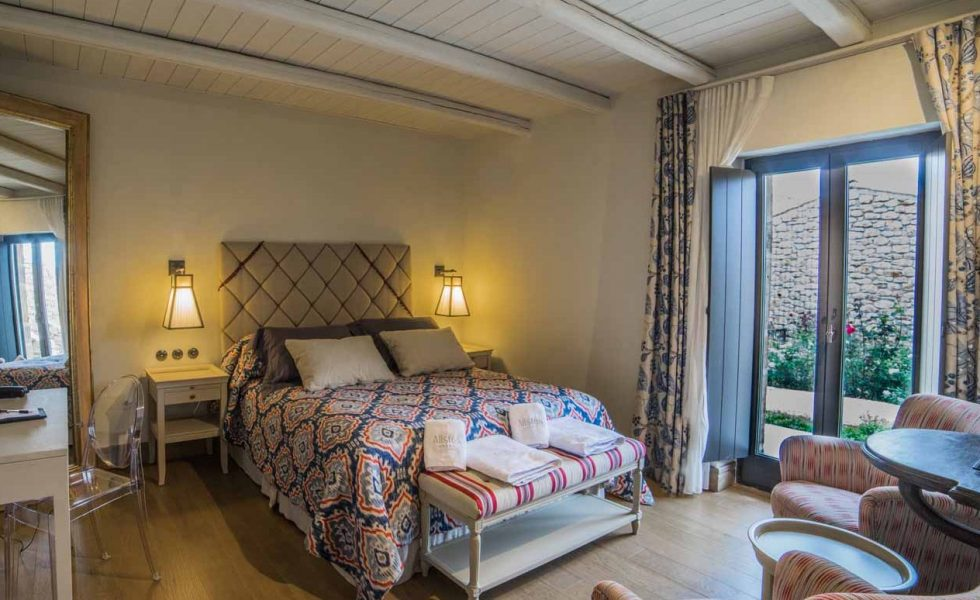 alistos-hotel-superior-room