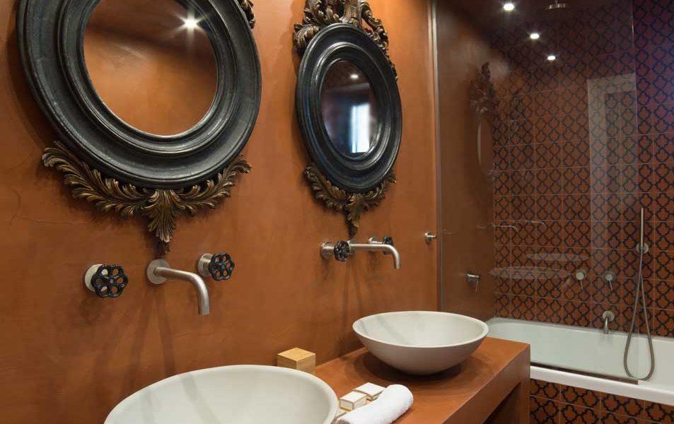 alistos-hotel-superior-room-bathroom