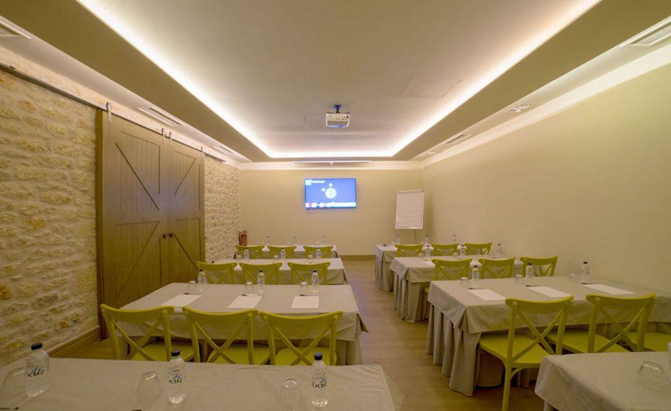 conference-room-alistos