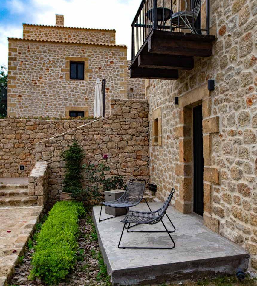 alistos-hotel-exterior